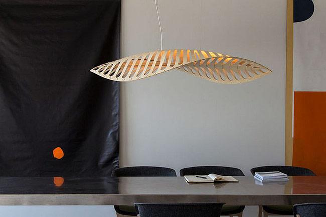 Thiết kế đèn được làm hoàn toàn từ tre.