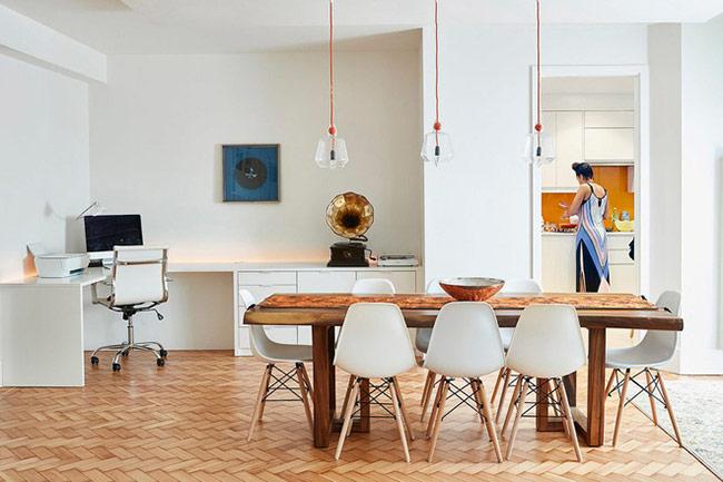 Tuy không đem đến được cảm giác quây quần gần gũi như kiểu bàn tròn, bàn ăn hình chữ nhật lại là lựa chọn thích hợp cho những gia đình có lượng thành viên lớn.