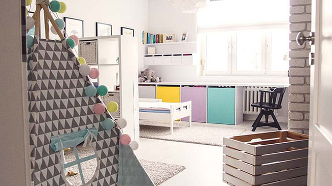 Bạn nên nhớ rằng sàn gỗ - tường sáng màu là một phần không thể thiếu của phong cách nội thất Bắc Âu.