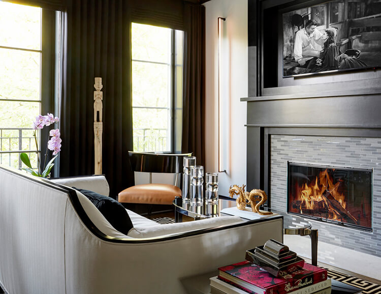 Thiết kế nội thất phòng khách đẹp với gam màu trắng đen