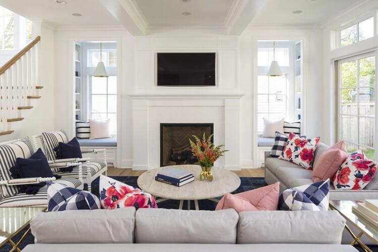 Cách sử dụng hoa mang đến thiết kế nội thất biệt thự hạnh phúc