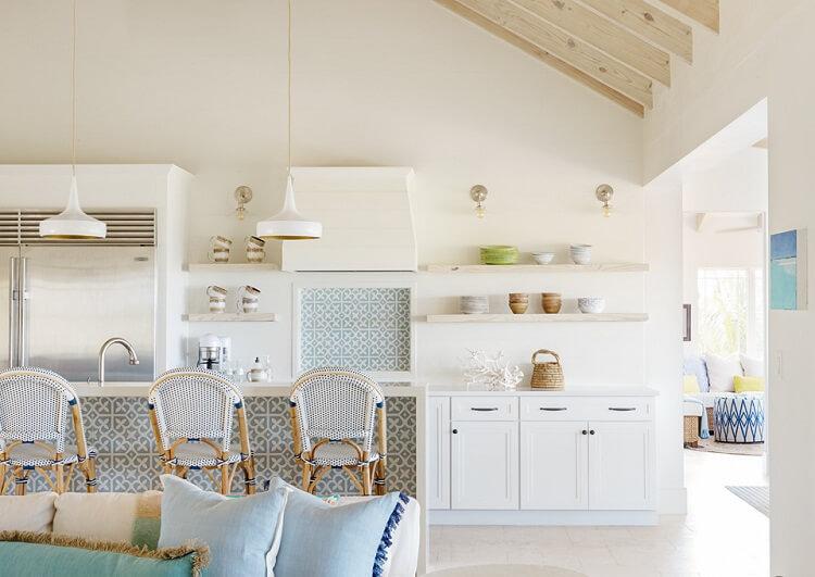 Những mẫu thiết kế nội thất phòng bếp mát như ở bãi biển