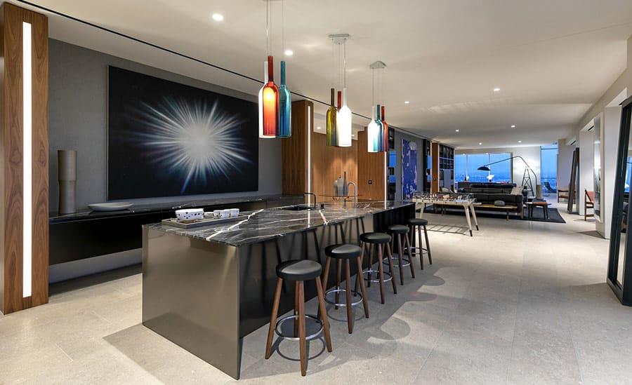Gỗ Sồi là một lựa chọn đáng cân nhắc trong thiết kế nội thất Penthouse để lát sàn vì khả năng chịu tác lực cao.