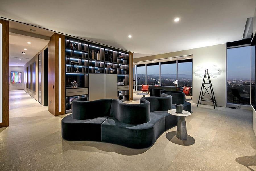 Phong cách thiết kế, nội thất trang trí lẫn chất liệu thi công căn hộ Penthouse đều luôn được chú trọng.